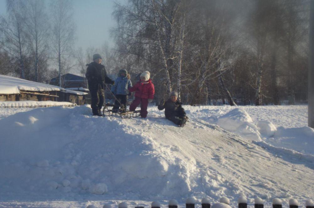Участник №20. Андрей, Ваня и Полина Ботовы.