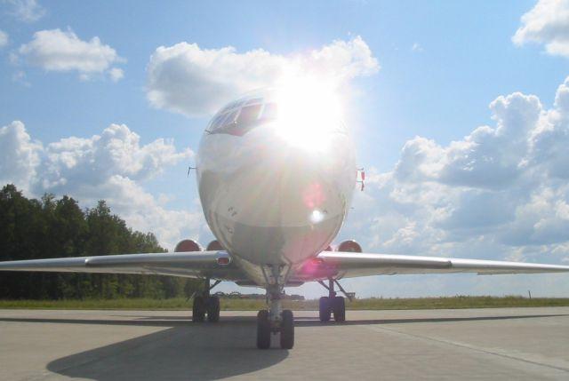 Ил-62 в казанском аэропорту.