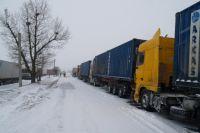 Автодорога М-19 проходит по территории Волынской, Ровненской, Тернопольской и Черновицкой областей