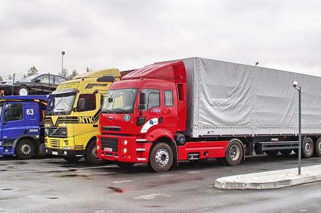 Россия снова разрешила Украине транзит грузов через свою территорию
