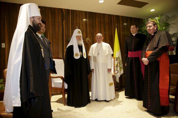 Патриарх Московский и всея Руси Кирилл и Папа Римский Франциск в Гаване.