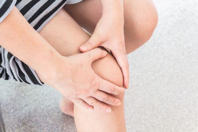 Если болит колено народный рецепт лучшие уколы для суставов в коленку