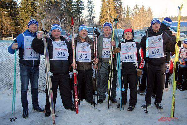 Кто не успел подать заявку на участие заранее, мог пройти регистрацию в день соревнований в СК «Пермские медведи».