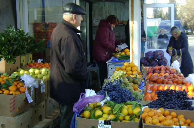 Необходимые весной фрукты и овощи дорожают.