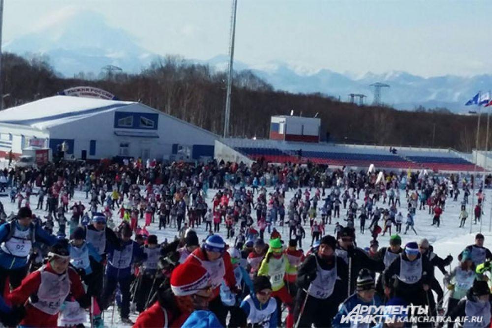 Беговые лыжи популярны среди населения края, ведь это полезный и доступный вид спорта.