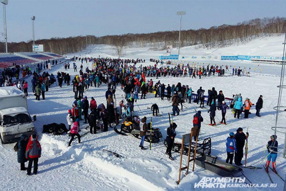 Каждый год на лыжи встают все больше и больше спортсменов и любителей.