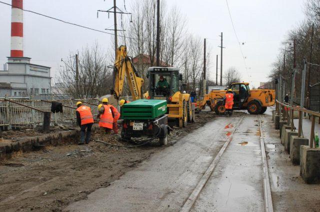 Подрядчик хочет досрочно закончить ремонт моста на ул. Суворова в Калининграде.