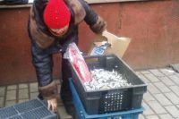 Нарушители продают свежую и вяленую рыбу не только в запрещённых местах, но и без ветеринарно-сопроводительных документов.