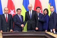 Премьер - министры Турции и Украины