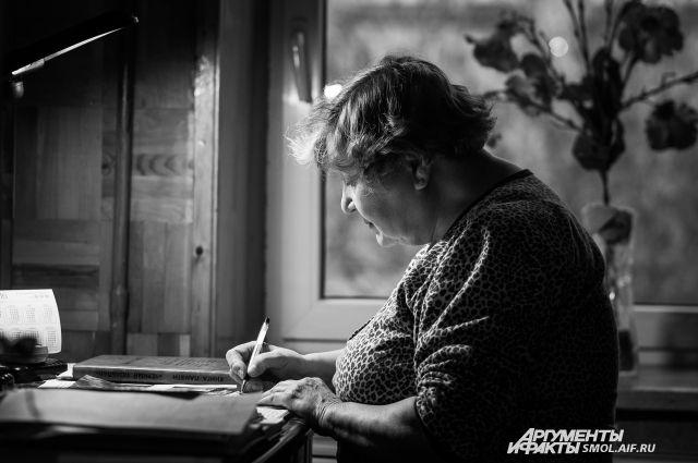 Виктория Волович за работой.