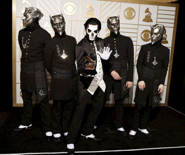 Приз в номинации «Лучшее металлическое исполнение» получила группа Ghost.
