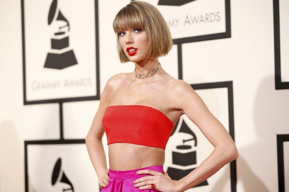 Тейлор Свифт одержала победу в категории «Лучший вокальный поп-альбом» за свою работу «1989».