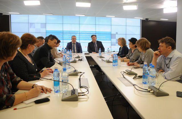 Эксперты в области нефтепереработки встретились с представителями омских СМИ.