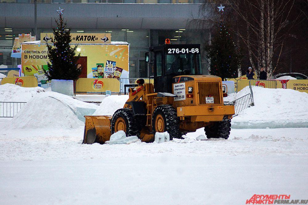 В целом, ледовый городок получил позитивные отзывы от пермяков.