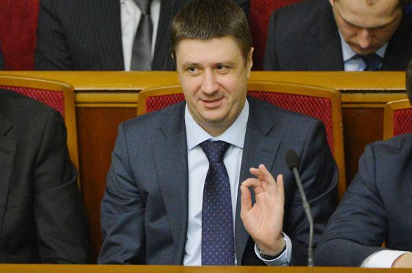 Министр культуры Вячеслав Кириленко, квота от парламента.