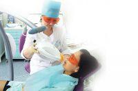 Отбелить зубы можно на несколько оттенков.