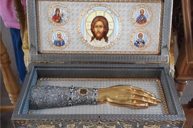 В Чебоксары привезли мощи святителя Луки Крымского ...
