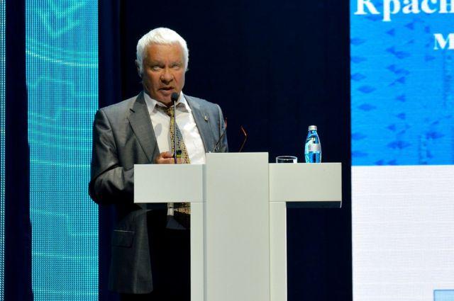 Виктор Суслов.