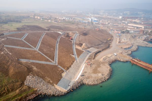 Укрепление оползнеопасного склона крымского берега