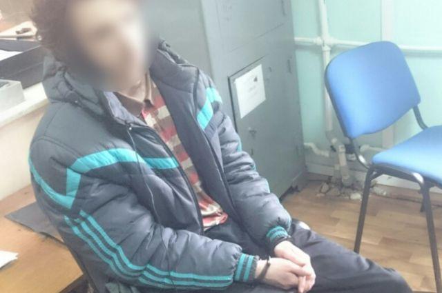 19-летний калининградец дождался пока родители уснут и напал на них с ножом.
