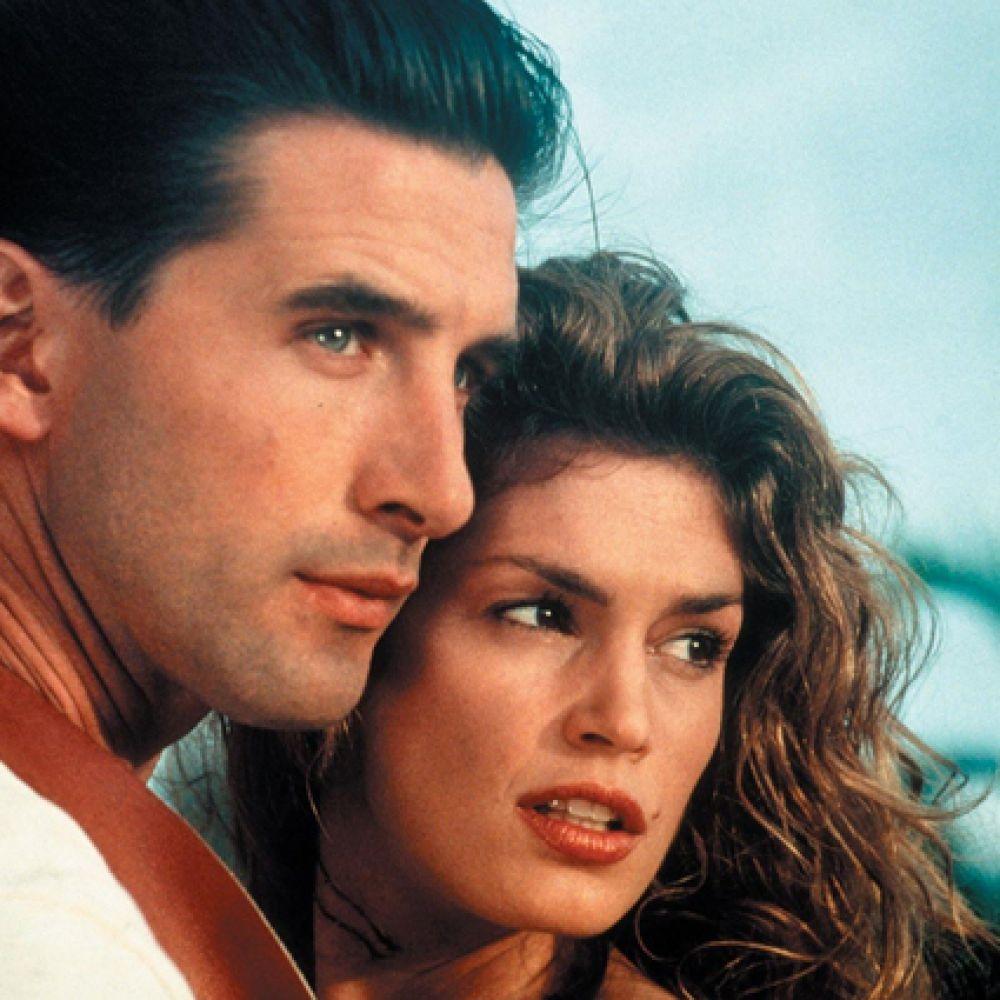 В 1995 году Синди Кроуфорд решила попробовать себя в кино и сыграла свою первую роль в криминальном боевике «Честная игра», где её партнёром стал Уильям Болдуин.