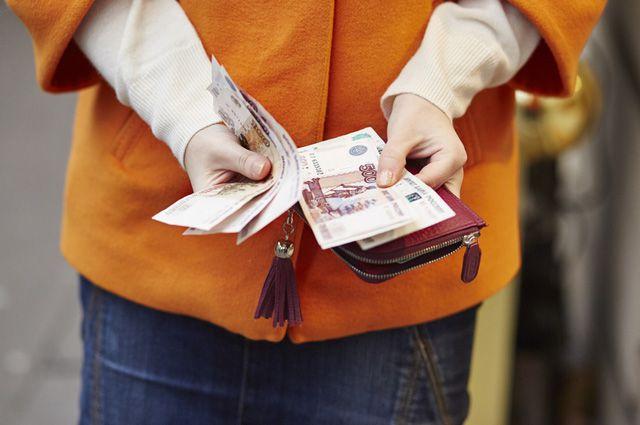 Когда россияне берут кредиты, то зачастую не задумываются о том, как будут отдавать долги.