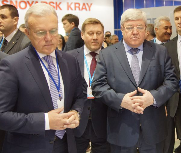 Александр Усс и полпред президента Николай Рогожкин