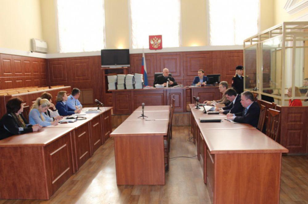 В судебном заседании объявлен перерыв до 24 февраля для решения процессуальных вопросов.