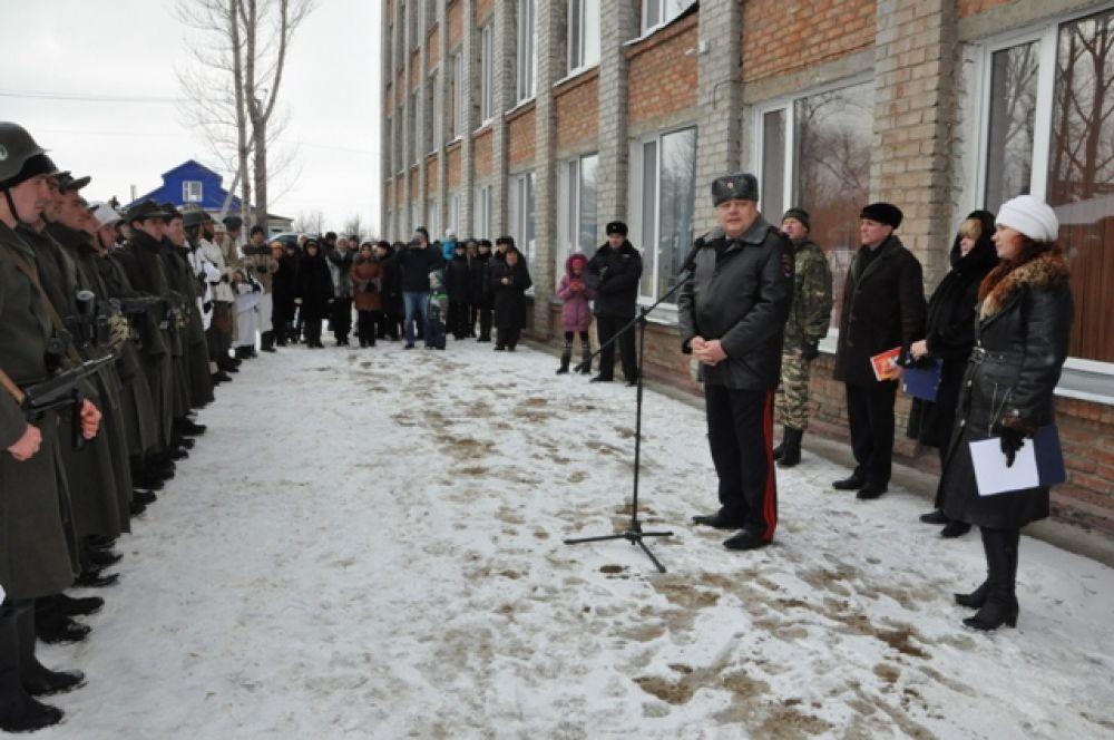 Начальник УМВД по Ульяновской области Юрий Варченко поблагодарил всех организаторов военно-исторической игры