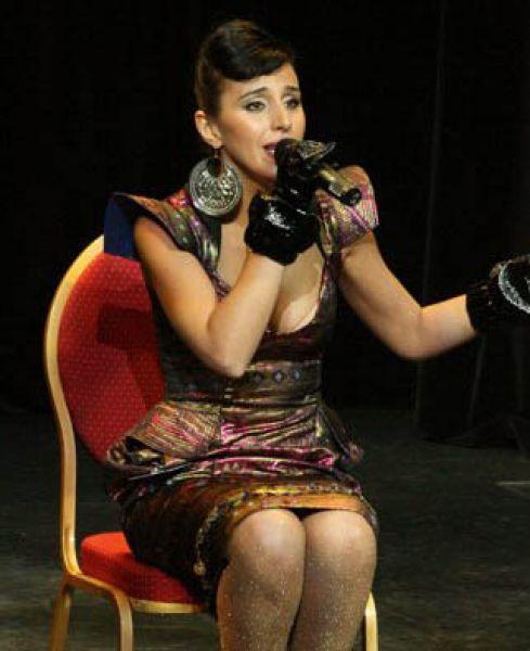Певица была солисткой  мюзикла «Па» Елены Коляденко и балета «Freedom»
