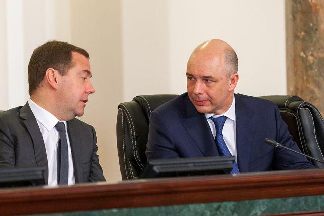 Дмитрий Медведев и Антон Силуанов