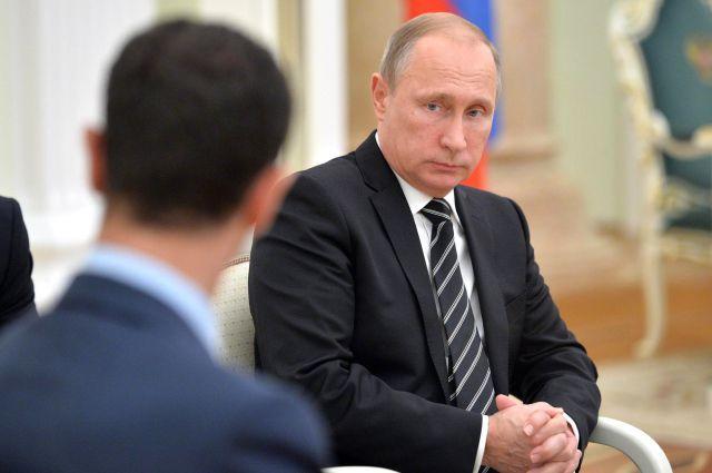 Владимир Путин во время встречи с Башаром Асадом