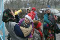 В Омске расследуют более 10 уголовных дел, связанных с фальшивыми свидетельствами о рождении.