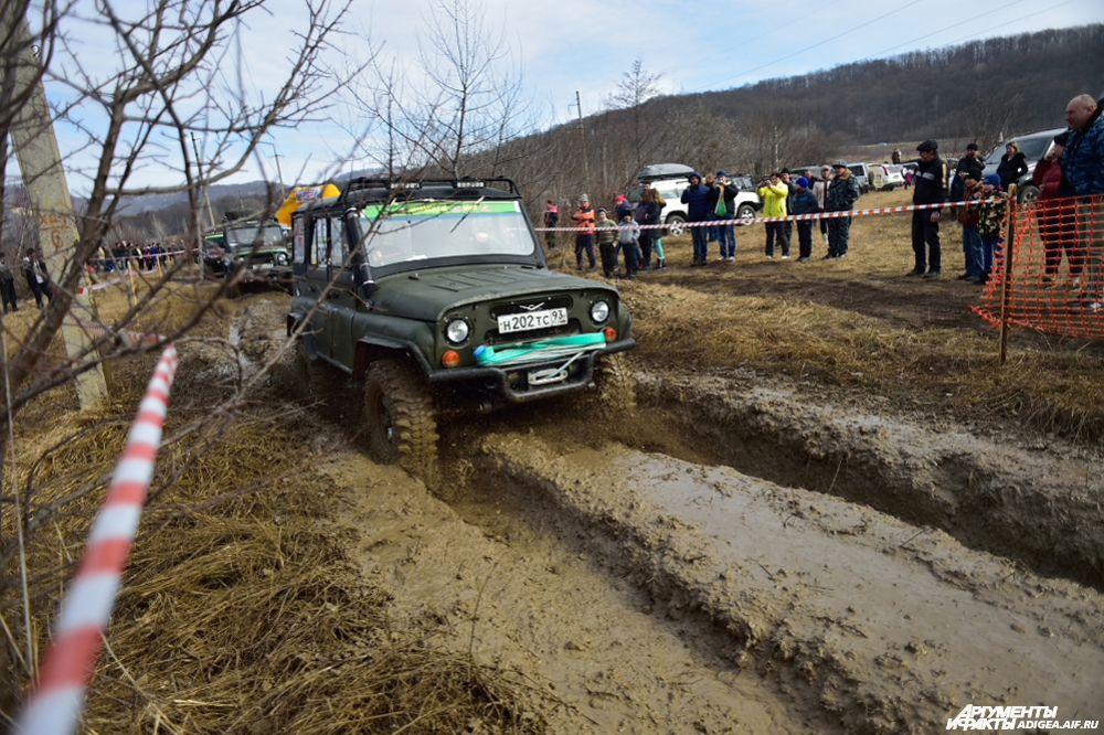 3 место в категории ТР2 – экипаж № 243, Юрченко Владимир Орлов и Алексей, Апшеронск, УАЗ-469.