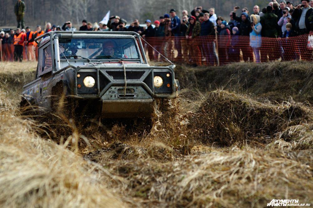 1 место в категории ТР2 – экипаж № 244, Столярчук Виктор и Камышов Максим, Санкт-Петербург и Москва, Land Rover Def90.