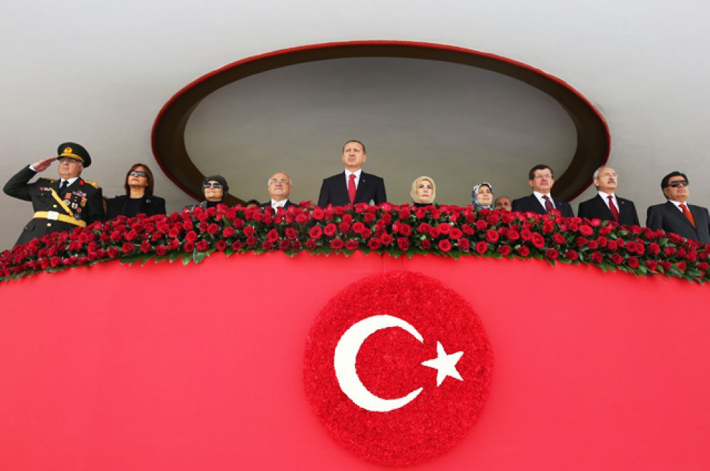 Президент Турции Реджеп Тайип Эрдоган во время военного парада в честь Дня Республики, Анкара, 29 октября 2014.