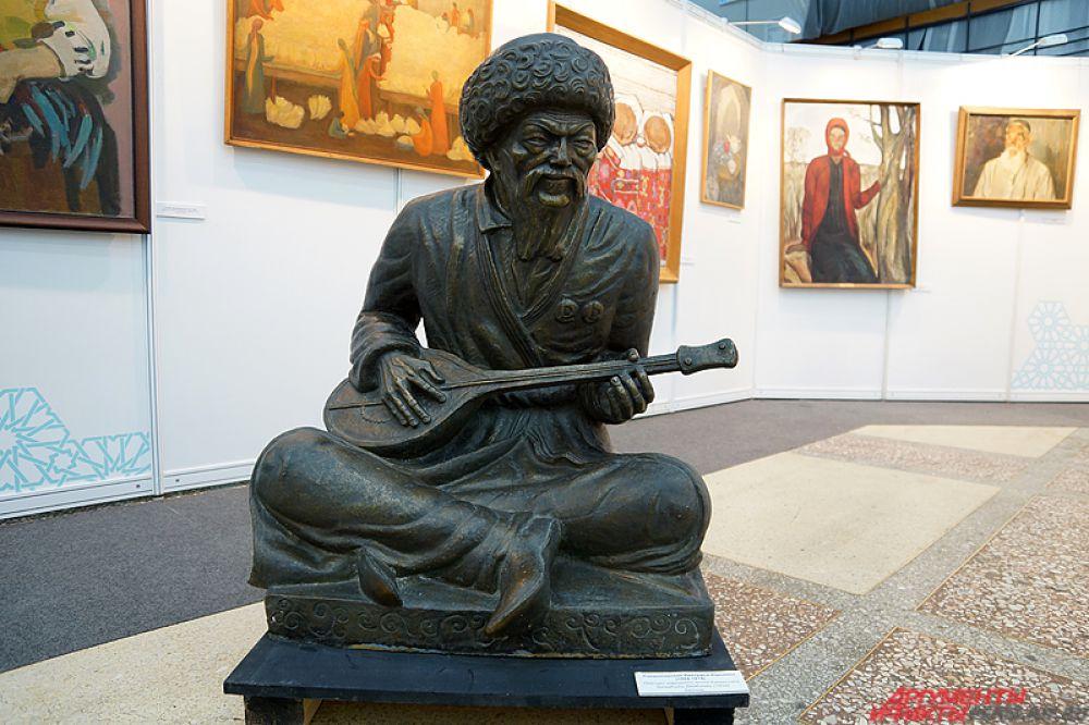 Здесь представлены экспонаты, связанные с историей и культурой мусульманских народов России.
