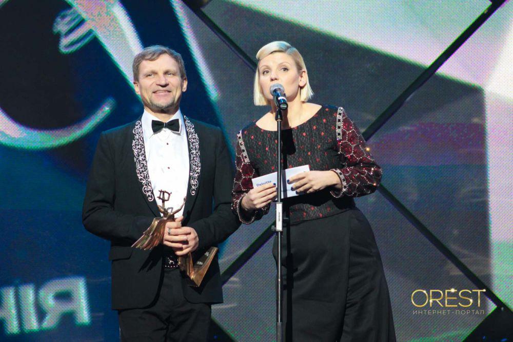 Олег Скрипка и Елена Коляденко