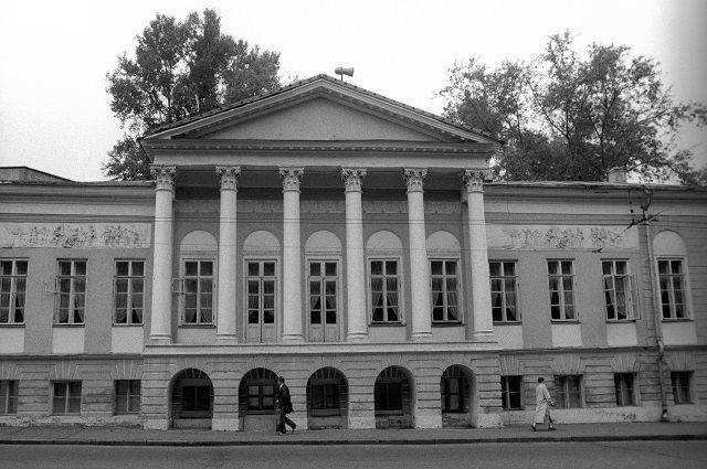 Музей декабристов (улица Старая Басманная дом 23).