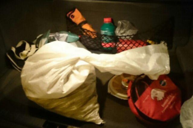 Мешок с янтарем нашли в машине у грабителей.