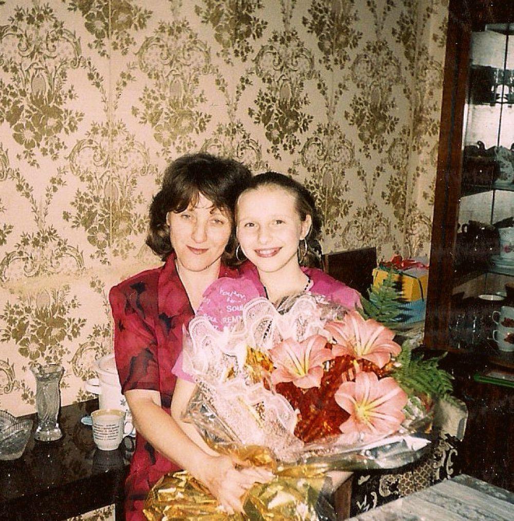 Макаренко Анастасия с мамой Полиной.