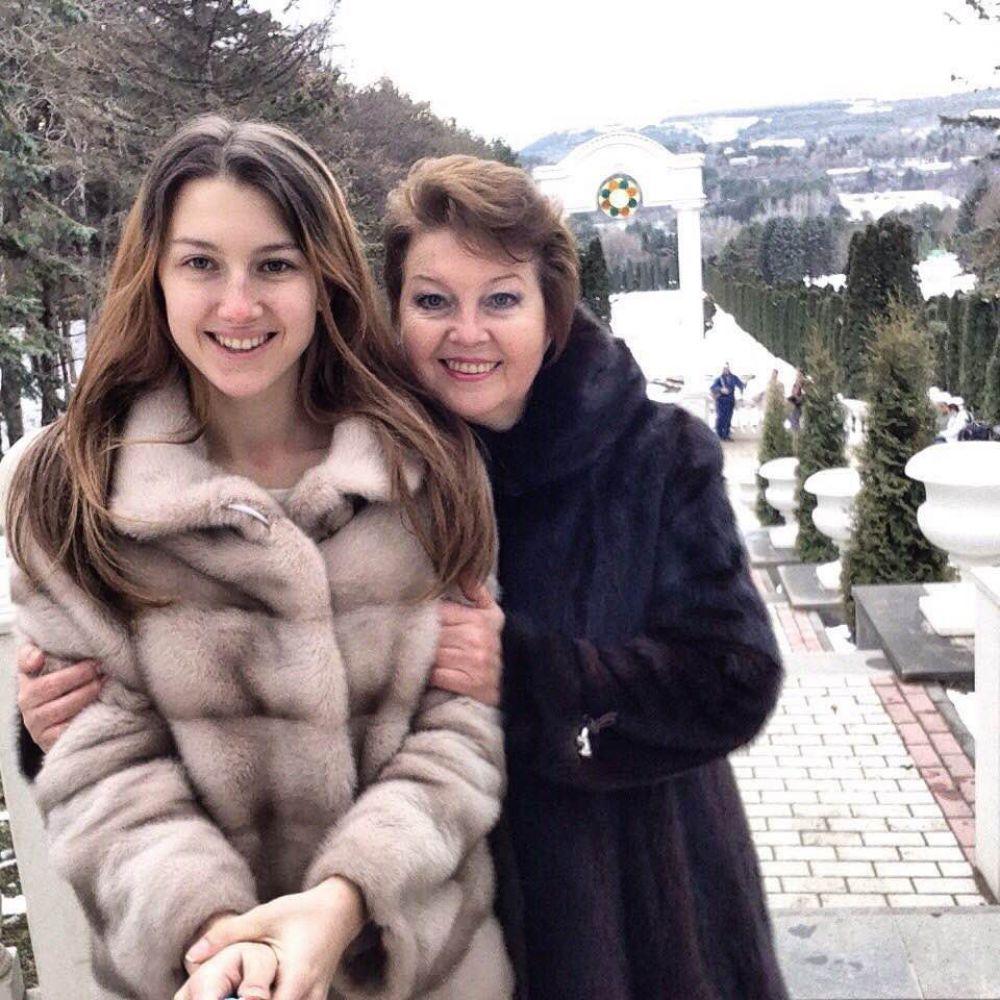Островская Дарья с мамой Ольгой.