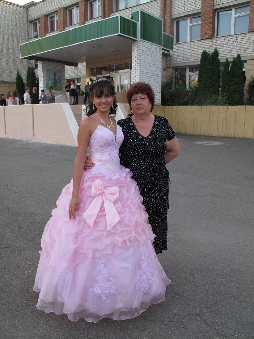 Екатерина Подлесная с бабушкой Татьяной Николаевной.