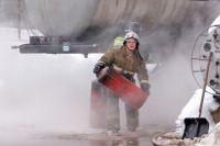С огнем боролись 49 пожарных