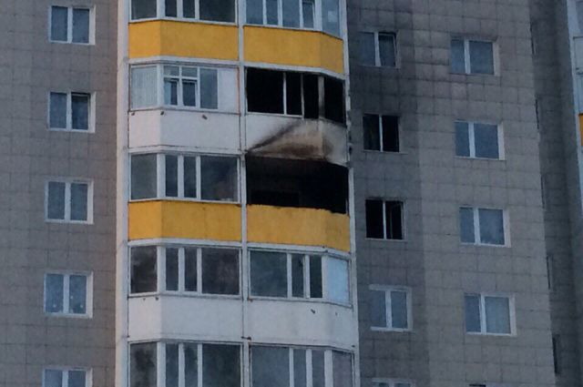 Выгорели две квартиры - на 7 и 8 этажах.