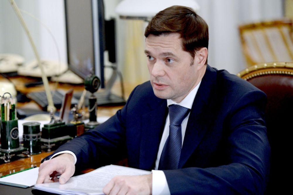 На шестом месте основной владелец металлургического гиганта «Северсталь»Алексей Мордашов (состояние за год уменьшилось на $2,1 млрд — до $10,9 млрд, место в мировом рейтинге — 93).
