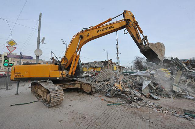 С начала года разрушено уже 86 торговых павильонов.