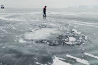 Выходить на лед можно только в разрешенных местах, предупредив спасателей.