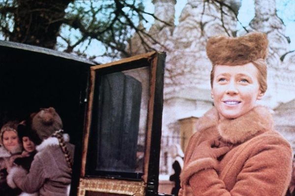 Ия Саввина в роли Долли Облонской в фильме  «Анна Каренина» (1967).
