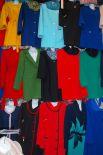 На Тракторном рынке большой ассортимент верхней одежды, отвечающий самым взыскательным требованиям всех возрастных категорий посетителей рынка.